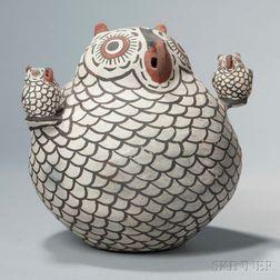 Large Zuni Polychrome Pottery Owl