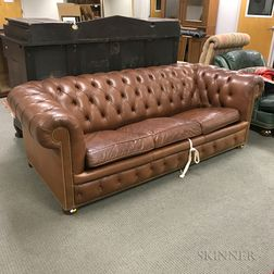 Brown Leather-upholstered Chesterfield-style Sofa/Bed