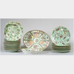 Nineteen Pieces of Chinese Export Porcelain