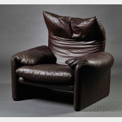 Vico Magistretti (1920-2006) Maralunga   Lounge Chair