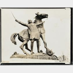 Walker Evans (American, 1903-1975)       Battlefield Monument, Vicksburg, Mississippi