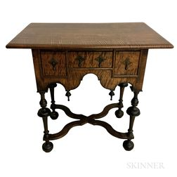 William and Mary-style Tiger Maple Dressing Table