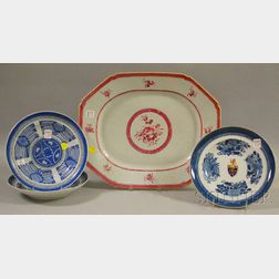 Four Chinese Export Porcelain Table Items