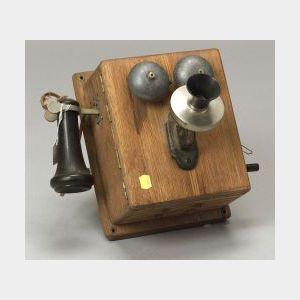 Kellogg Oak Magneto Telephone