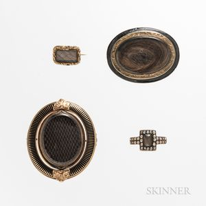 Four Victorian Gold Memorial Items