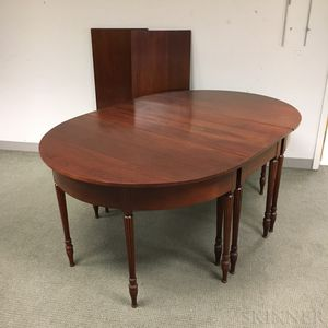 Wallace Nutting Federal-style Three-part Mahogany Dining Table
