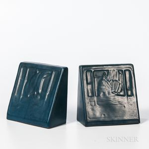 Marblehead Pottery Arts and Crafts Bookends