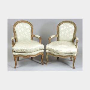 Pair of Louis XV Style Painted Beechwood Fauteuils en Cabriolet