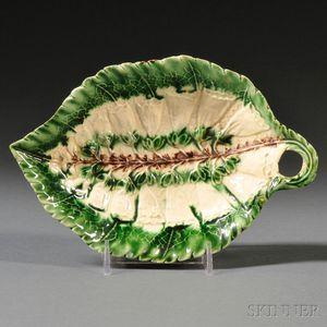 Staffordshire Cream-colored Earthenware Leaf Dish