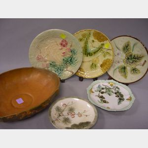 Four Assorted Majolica Plates and a Limoges Handpainted Oak Leaf Decorated Porcelain Plate.