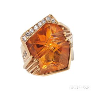18kt Gold, Citrine, and Diamond Ring