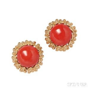 18kt Coral Earclips