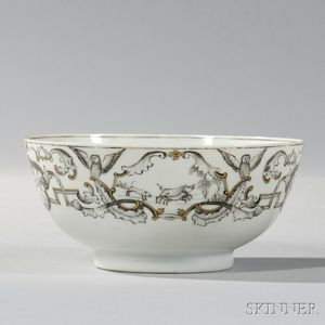 "Small Export Porcelain ""Diana Goddess of the Hunt"" Bowl"