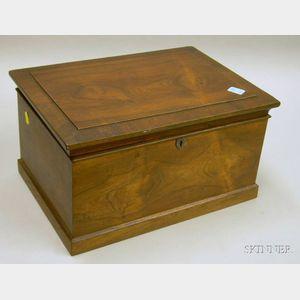 Rosewood Veneer Lidded Box