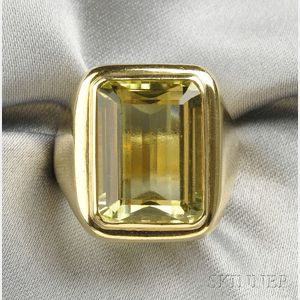 18kt Gold and Yellow Beryl Ring