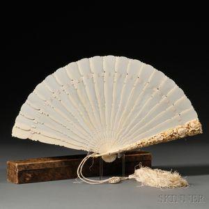 Monogrammed Ivory Brise Fan