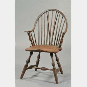 Painted Continuous-arm Brace-back Windsor Chair