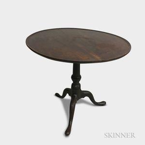 Queen Anne Walnut Dished Tilt-top Tea Table