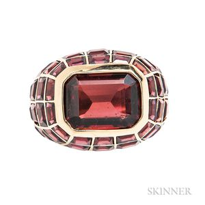 18kt Gold and Garnet Ring