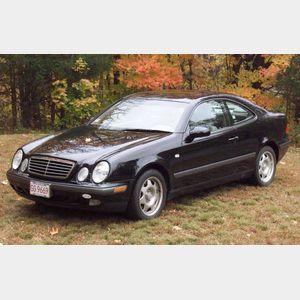 1999 Mercedes CLK320 Coupe Automobile