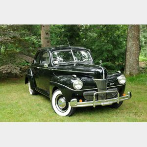 1941 Ford V-8 Super Deluxe Five-passenger Coupe