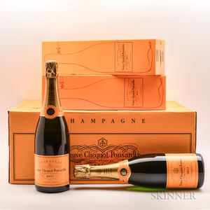 Veuve Clicquot Brut NV, 22 bottles