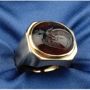 18kt Gold and Hardstone Intaglio Ring