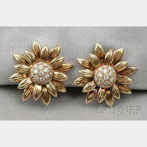 18kt Gold and Diamond Sunflower Earclips