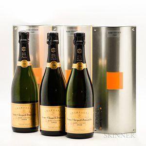 Veuve Cliquot Rare Vintage 1988, 6 bottles (ind. gb)