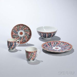 Five Worcester Porcelain Queen Charlotte Pattern Tea Items