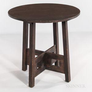 Cutout Oak Table Lamp Model 148 Attributed to Limbert