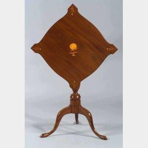Federal Mahogany Inlaid Tilt-top Table