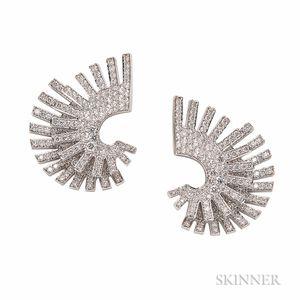 "18kt White Gold and Diamond ""Double Fan"" Earrings, Umrao"
