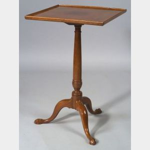 Chippendale Mahogany Carved Tilt-top Candlestand