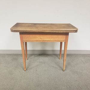 Federal Red-stained Maple and Pine One-drawer Card Table
