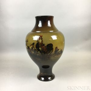 Large High Glaze Vase with Roosters