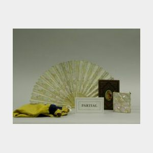 Group Decorative Items and Accessories.
