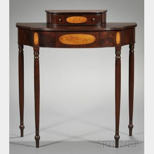 Federal Carved and Wavy Birch Inlaid Mahogany Two-tier Dressing Table