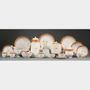 Chinese Export Porcelain Coffee and Tea Set