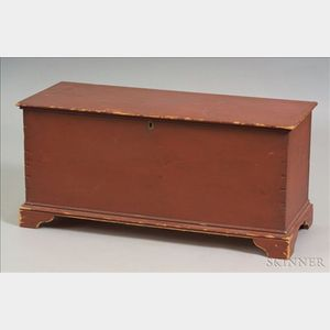 Red Painted Pine Six-board Chest