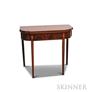 Federal Inlaid Mahogany and Mahogany Veneer Card Table