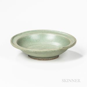 Fish-scale-glazed Longquan Celadon Dish