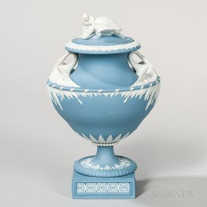 Wedgwood Solid Blue Jasper Leda and the Swan Vase