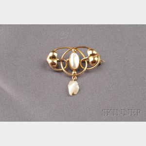 Arts & Crafts Mother-of-pearl and Freshwater Pearl Brooch
