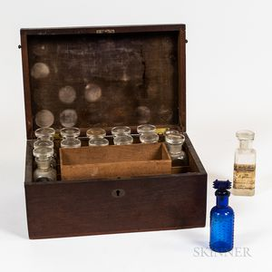Mahogany Apothecary Traveling Case with Bottles