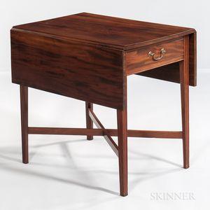 Federal Carved Mahogany Pembroke Table