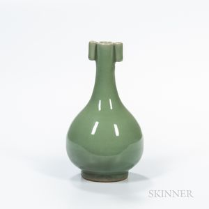 Longquan Celadon-glazed Bottle Vase