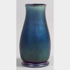 Nash Art Glass Vase