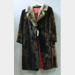 Lady's Vintage Seal Fur Coat with Mink Collar