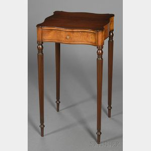 Federal-style Mahogany and Wavy Birch Veneer One-drawer Stand